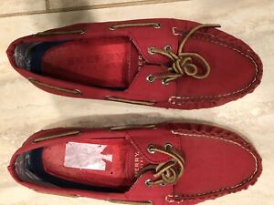 sperry top sider red canvas