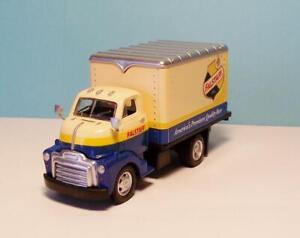 O Gauge CMW Trackside Collection TC301 1948 Box Truck Falstaff Beer Company