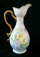 """Antique hand painted porcelain vase """"Daisies"""", 7 inches artist signed"""