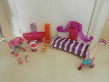 Barbie bathroom arredi DIVANO Twins TWIN NEONATI BABY CARROZZINA SCOOTER Dog Walker.