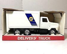 ERTL  'International Napa Delivery Truck'  Napa Auto Parts Pressed Steel   NIB