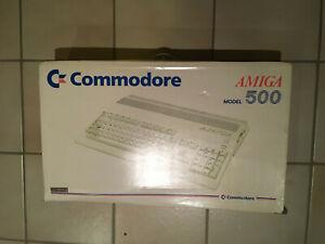 Commodore Amiga 500 in OVP - Beide Siegel unbeschädigt, Seriennummern Identisch