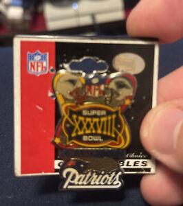 Superbowl XXXVIII Dueling Helmet Collectors Pin NFL