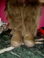 BEARPAW SHAKO ll brown fox fur 7M sheepskin lined women boots excellent conditio