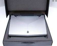 NEW Dell Alienware 17 R4, i7 , 16GB, GTX1070, M.2 SSD + HDD, Win 10, GAMING PC