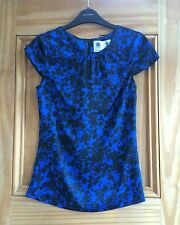Austin Reed Ladies Blue / Black Floral Print Shell Top 8 - 10 16