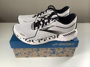 Sz 9 NEW Brooks Revel 4 Run Wild Collection Snow Leopard Print Women/'s Shoes