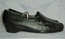"""Women's Black Leather SAS Comfort """"Easier"""" Loafers USA Size 10 W GREAT Condition"""