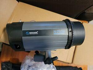 Neewer 250W 5600K Photo Studio Strobe Flash Light Monolight with softbox