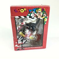 VTG Matrix Looney Tunes Collectible Ornament TWEETY SYLVESTER Happy Holidays