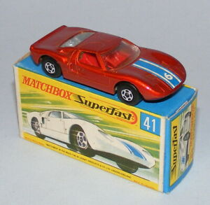 MATCHBOX SUPERFAST #41a FORD GT40 WIDE WHEELS + BLACK BASE EXCELLENT BOXED