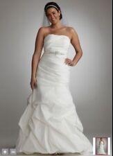 Davids Bridal Sweetheart Wedding Dress Rhinestone Belt Drop Waist Size 18W Ivory