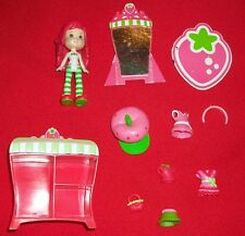 Strawberry Shortcake Berry Stylish Playmates Hasbro wardrobe clothes purse