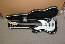 Fender American Standard Jazz Bass 5 String in FENDER hardcase