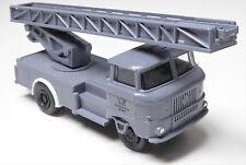 H0 IFA W 50 L Feuerwehr Drehleiter Leiterfahrzeug Deutsche Post Posthorn DDR