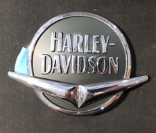 HARLEY DAVIDSON MEDALLION R/H FUEL TANK (NOS) 62098-08