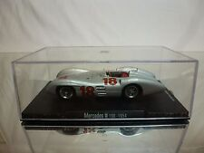 RBA COLLECTIBLES MERCEDES BENZ W 196 1954 No 18 - SILVER 1:43 - EXCELLENT IN BOX