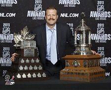 TIM THOMAS Bruins 2011 AWARDS Conn Smythe & Vezina trophies LICENSED 8x10 photo