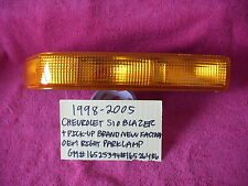 1998-2005 S10 BLAZER S10 BRAND NEW NOS GM RIGHT PARKLAMP 16525394 FREE SHIPPING
