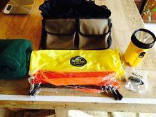Safety emergency car travel kit reflectors fleece blanket flashlight bag FREE SH