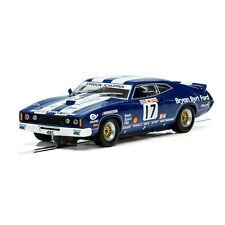 1:32 Scalextric - 1978 Bathurst - Ford XC Falcon - #17 Dick Johnson (C3923)