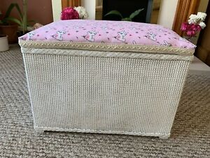 Lloyd Loom Style Blanket/storage Box in Pink/white,padded Lift Up Lid,handles.