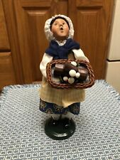 Byers Choice Caroler 2004 French Girl Yule Log Retired Mushroom 9.5�