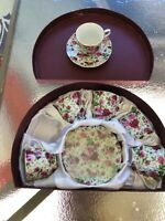 "MAYFAIR COLLECTION By Jay ""service For 6"" Teacups And Saucers"" In Original Box"