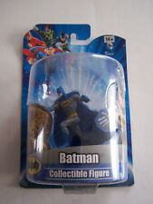 DC COMICS FIGURINE WB SHIELD WARNER BROS , BATMAN , SOUS BLISTER . NEUF .