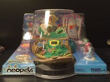 """NEOPETS DELUXE PORTABLE PLAYER ELECTRONIC HANDHELD GAME """"NIP"""" TIGER ELECTRONICS"""