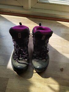 Women's SALOMON Size 5.5 Walking Hiking Boots Shoes Trainers
