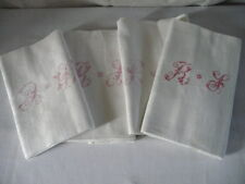 4  très grandes anciennes serviettes de table  avec monogramme  brodé main