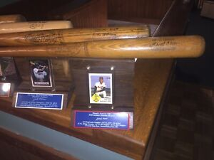 Hank Aaron Baseball Bat-Milwaukee/Atlanta Braves HOF