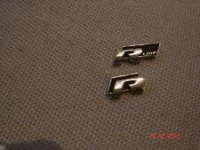 2 original VW Rline Pins