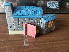 Vintage 2001 Harry Potter Movie Polly Pocket Hagrid's Hut House PlaySet