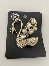 Beautiful Swan Diamante Brooch gold metal and pearls gift NEW crystal beads