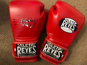 Cleto Reyes red leather 14oz sparring gloves