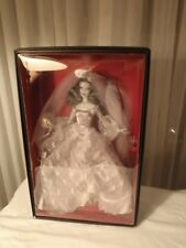 Haunted-Beauty-Zombie-Bride-2015-Barbie-Doll-Gold-Gold-Label-NRFB  Haunted-Beau