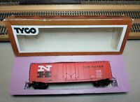 "TYCO 339-B HO Scale 50' Plug Door Boxcar ""NEW HAVEN"" (Matte)"