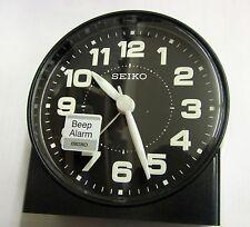 SEIKO -  BLACK ROUND BLACK  DIAL QUIET SWEEP ALARM CLOCK  QHE084KLH