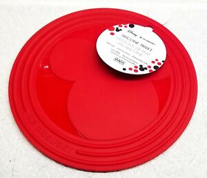 Le Creuset Mickey Mouse Trivet Cerise Limited Edition Disney 8 Inch