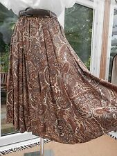 """M&S SKIRT SIZE 16 BROWN PAISLEY DESIGN WITH BELT 28"""" DROP FLARED WORN ONCE ONLY"""