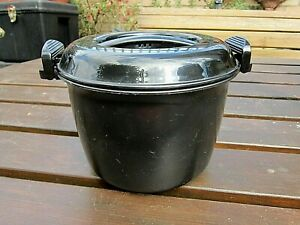 THE PAMPERED CHEF RICE COOKER PLUS STEAMER.