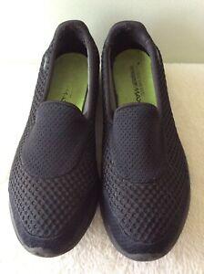 SKECHERS GOWALK 5GEN ladies black slip on comfort shoe size 5/38