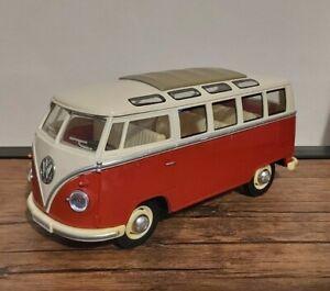 1962 VW Volkswagen Classical Bus Camper Van - 1/24 Scale Model Toy - Red & Beige