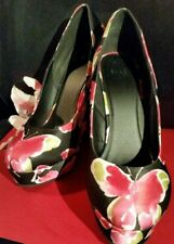 """NWOB Elle Butterfly 6"""" Wedges in Black and Pink 6"""" Size 10"""