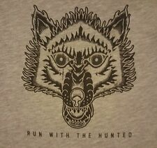 NIKE Run With The Hunt PRE-OWNED Size Small DriFit Gray T-Shirt