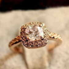 *UK* Gold Princess ladies square Crystal fashion Size N ring Jewellery GIFT 3017