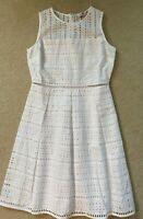 Vineyard Vines Women's White Eyelet Fit & Flare Dress - Size 2 NWT $208