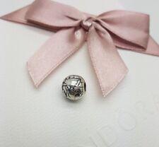18d76d9f21c3 Collares y colgantes de joyería PANDORA de plata de ley | Compra ...